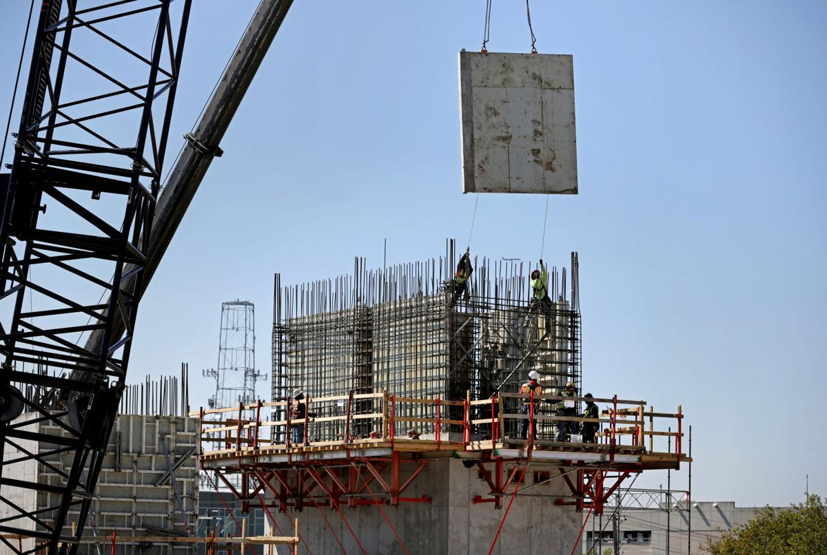 LEDE concrete wall .jpg