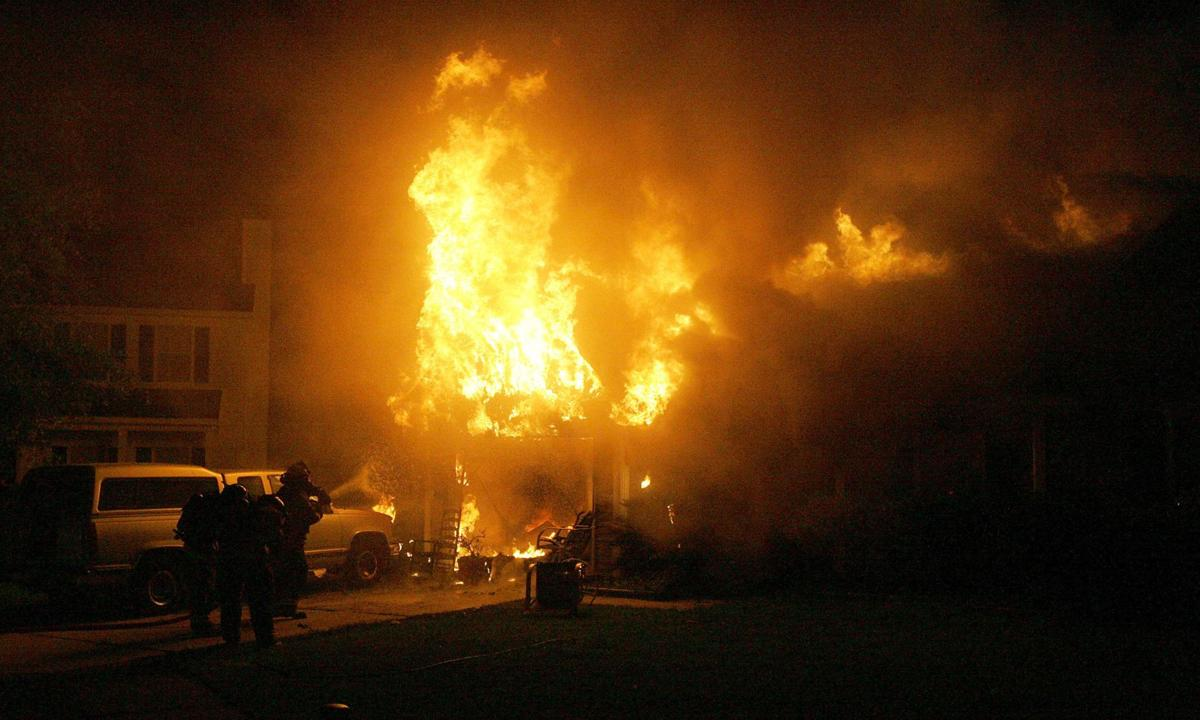 One person escapes fire that consumed West Ashley house