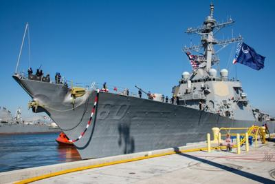 USS Paul Hamilton returns from deployment