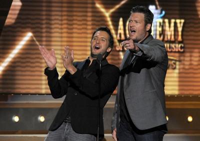 Blake Shelton and Luke Bryan returning as hosts of 2014 ACM Awards