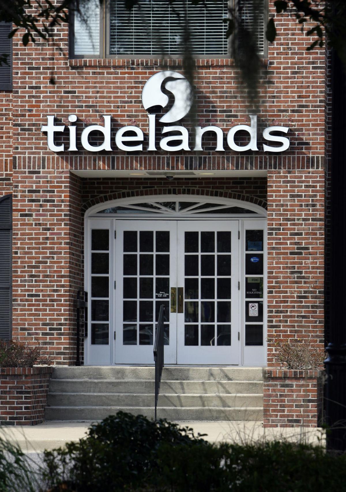 Mount Pleasant-based Tidelands Bank narrows loss