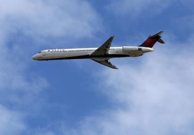 flights from chs to lga