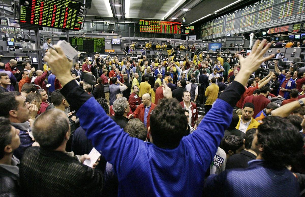 As market trading pits close, traders yearn for 'roar' of old
