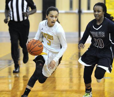 Gators advance in AAAA girls basketball playoffs