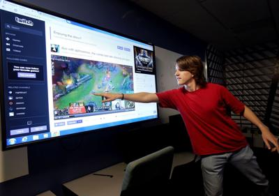 To attract more men, the College of Charleston turns to Twitch