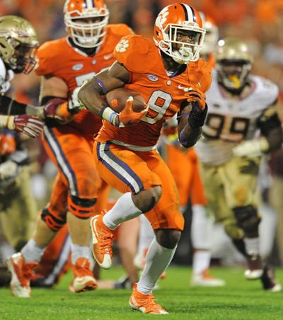 9 at 9: Slow offense finds success, the Coastal Division race, and more Clemson notes