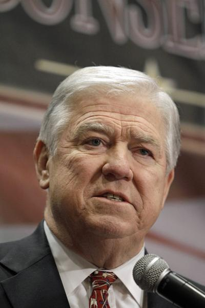 Mississippi Gov. Haley Barbour: Country faces crisis as dangerous as Katrina, Hugo