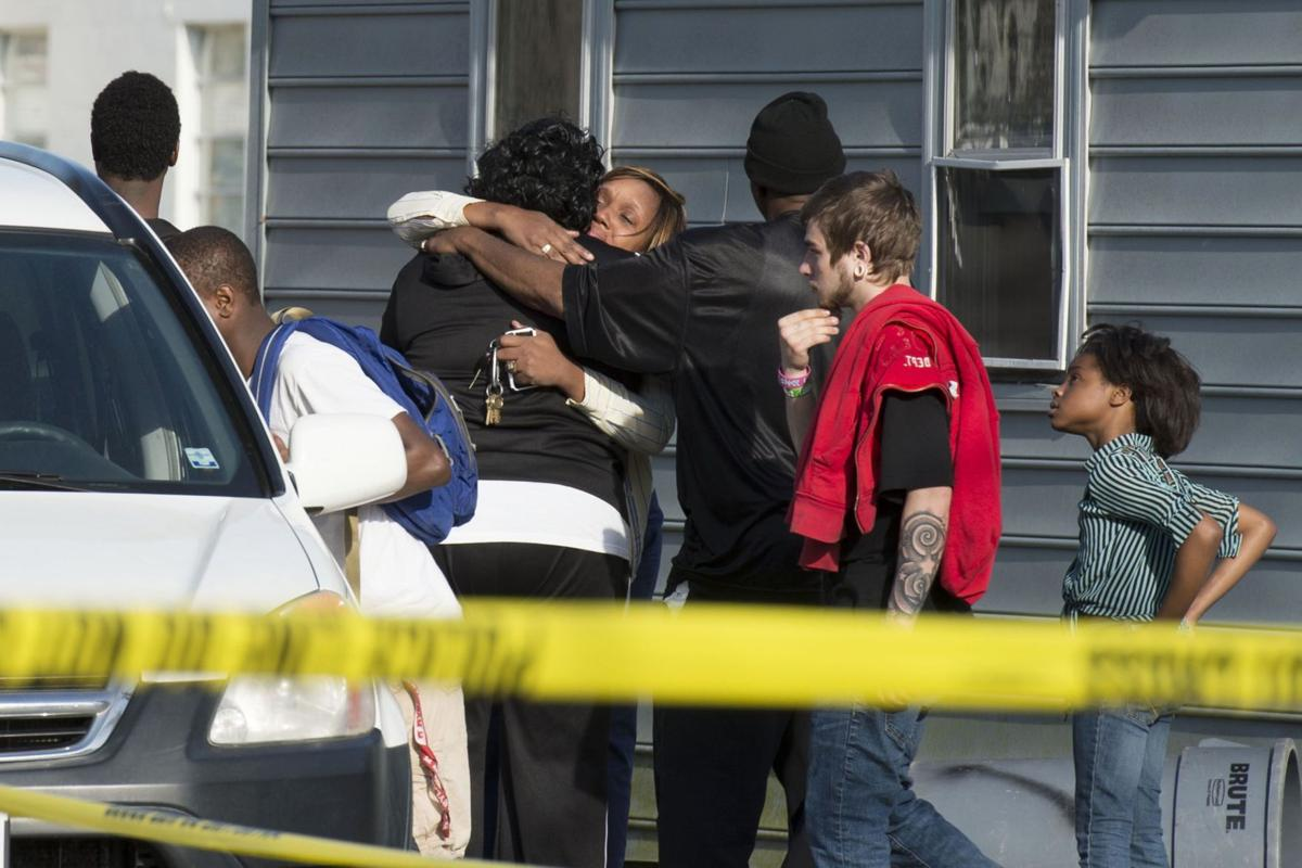 Police: 8 dead in home; generator found without gas