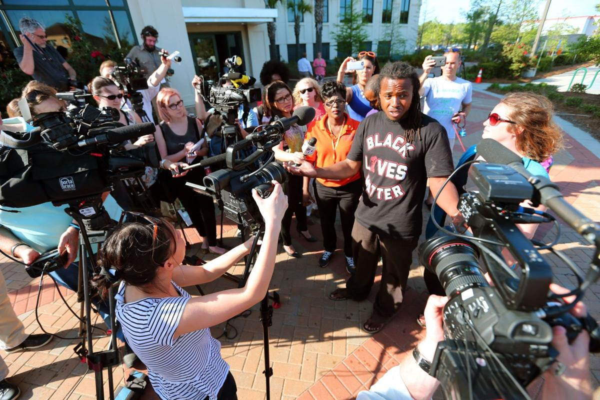 Black Lives Matter calls for citizen review board in wake of Walter Scott death