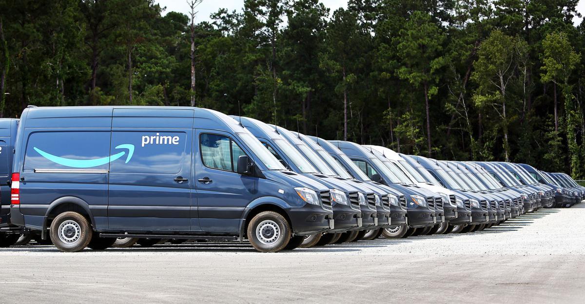 amazon line mecedes benz vans.jpg (copy) (copy) (copy) (copy)