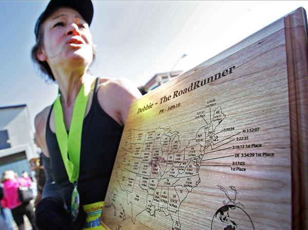 Alaskan runner fills up her map