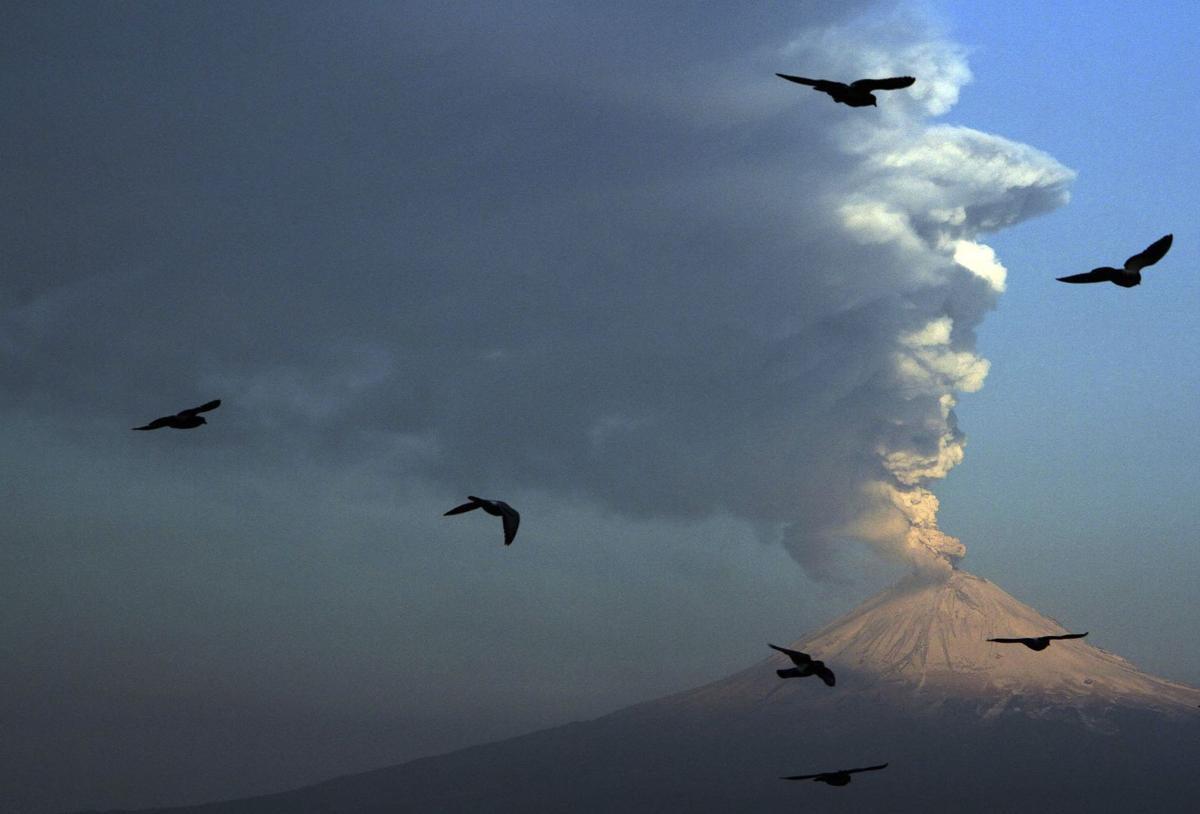 Mexican volcano spews hot rock