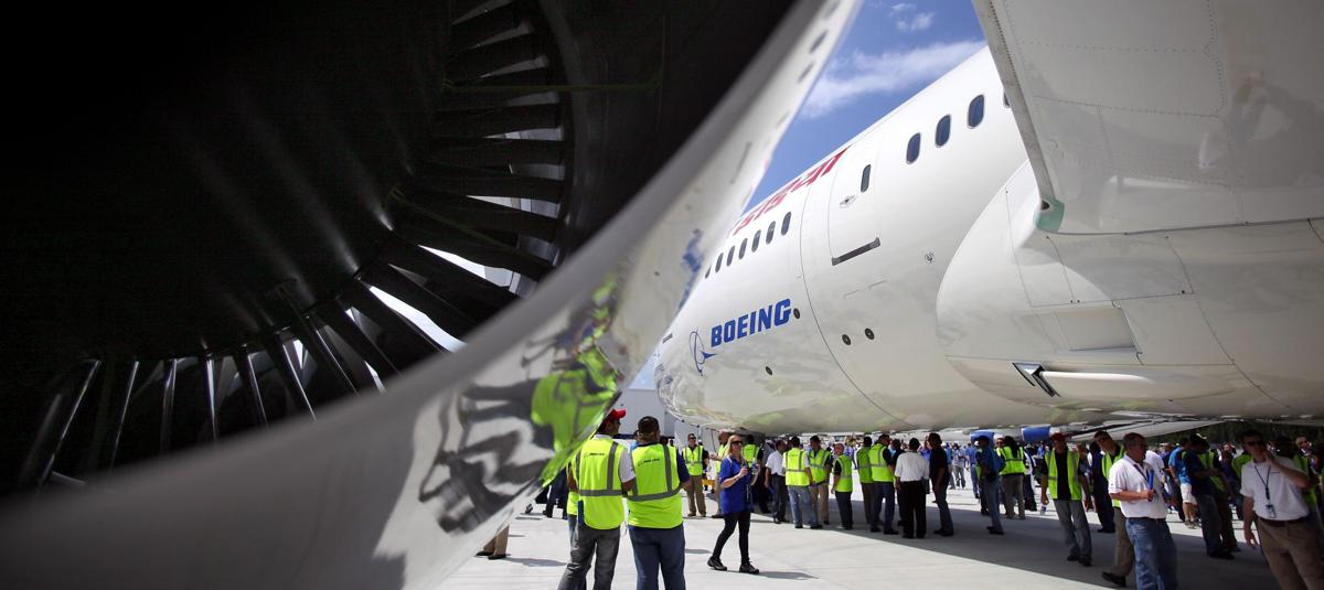 Boeing starts 787's engines