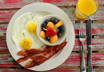 Livelihood Cafe For breakfast and lunch, come home to remodeled residence located in West Ashley