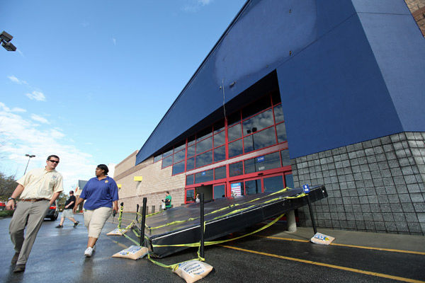 Wild winds strip sign off North Charleston Best Buy