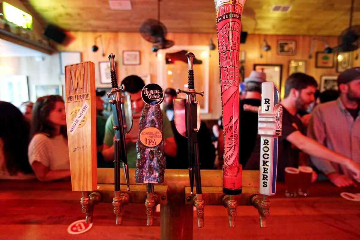 New Charleston businesses near residential areas that serve alcohol facing new zoning rules