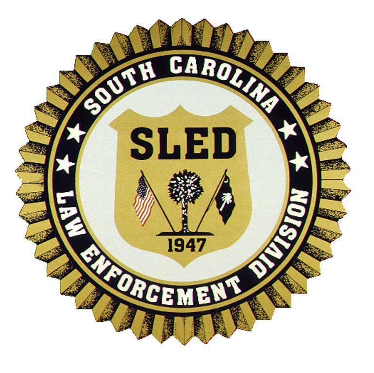 Officials: Man shot by Lexington deputies dies