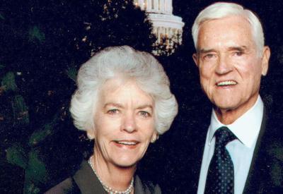Peatsy Hollings, wife of former Sen. Fritz Hollings, dies at 77