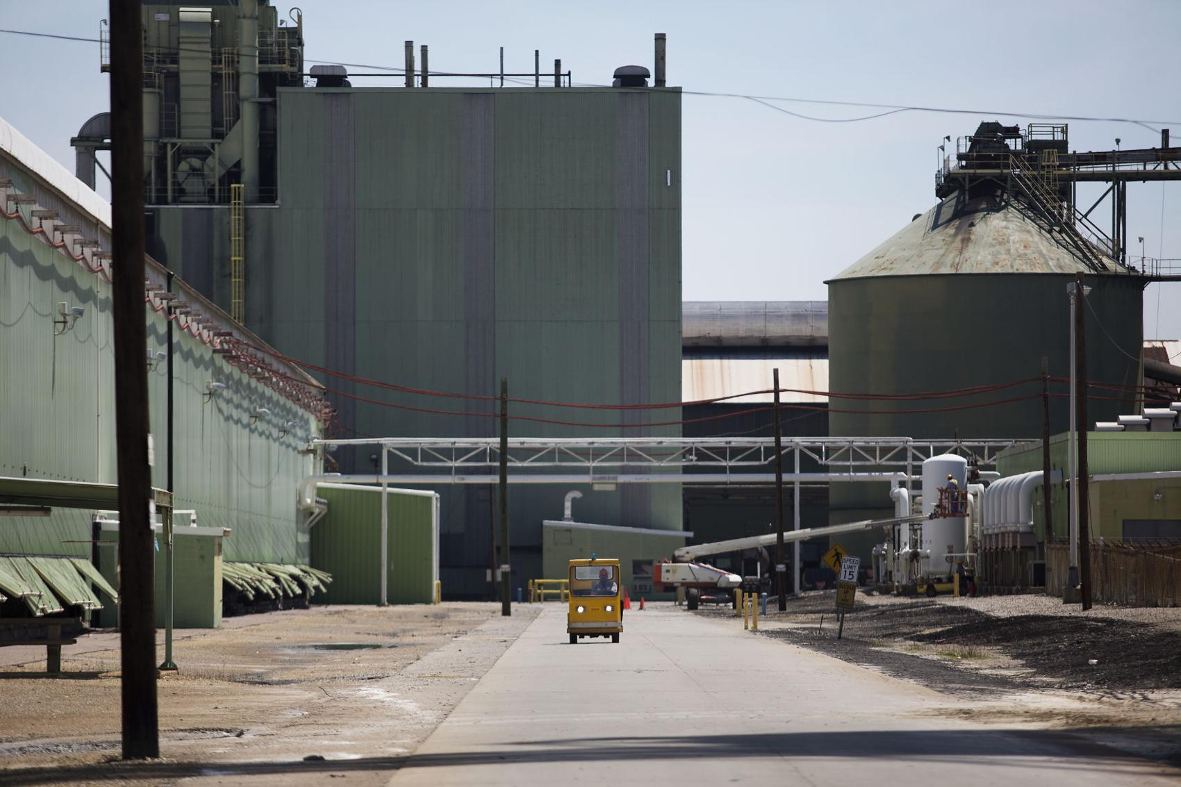 POST AND COURIER – Century Aluminum threatens to close SC smelter over power costs — again