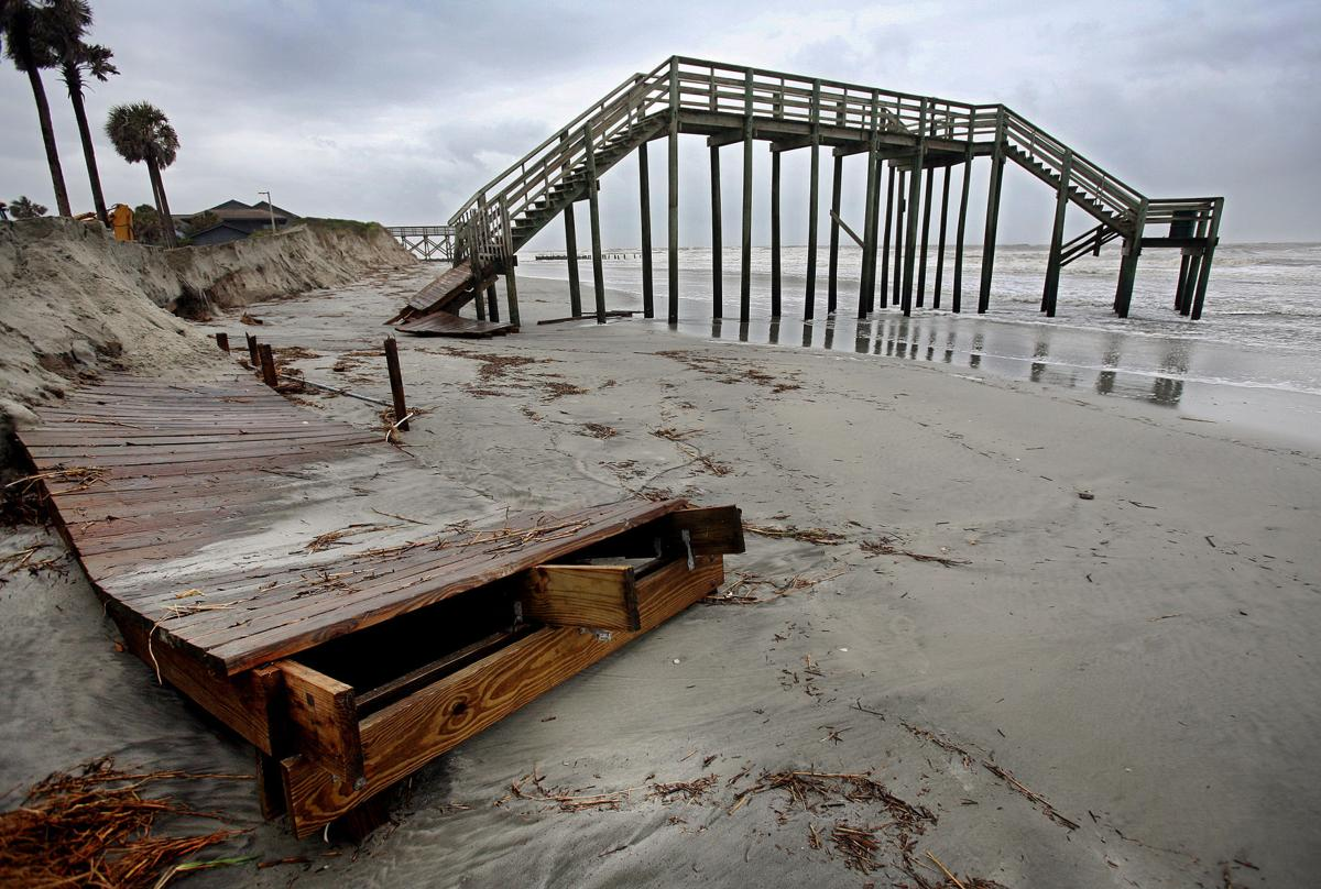Folly Beach County Park to remain closed through 2012