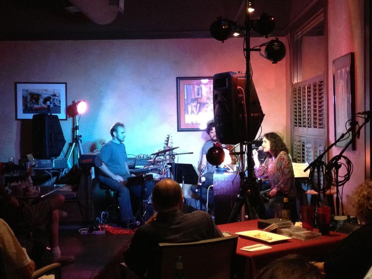 Israeli singer-composer Ayala Asherov-Kalus energizes 'Coffeehouse' crowd