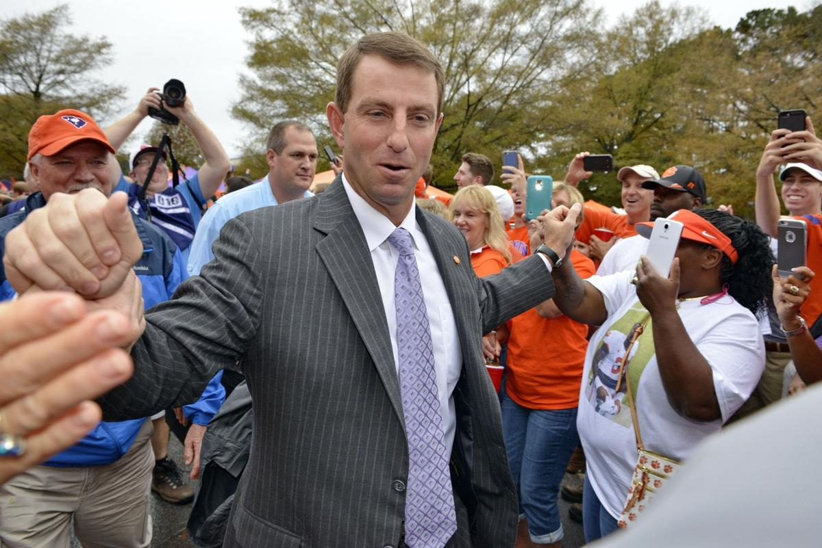 Clemson approves new contract for Swinney
