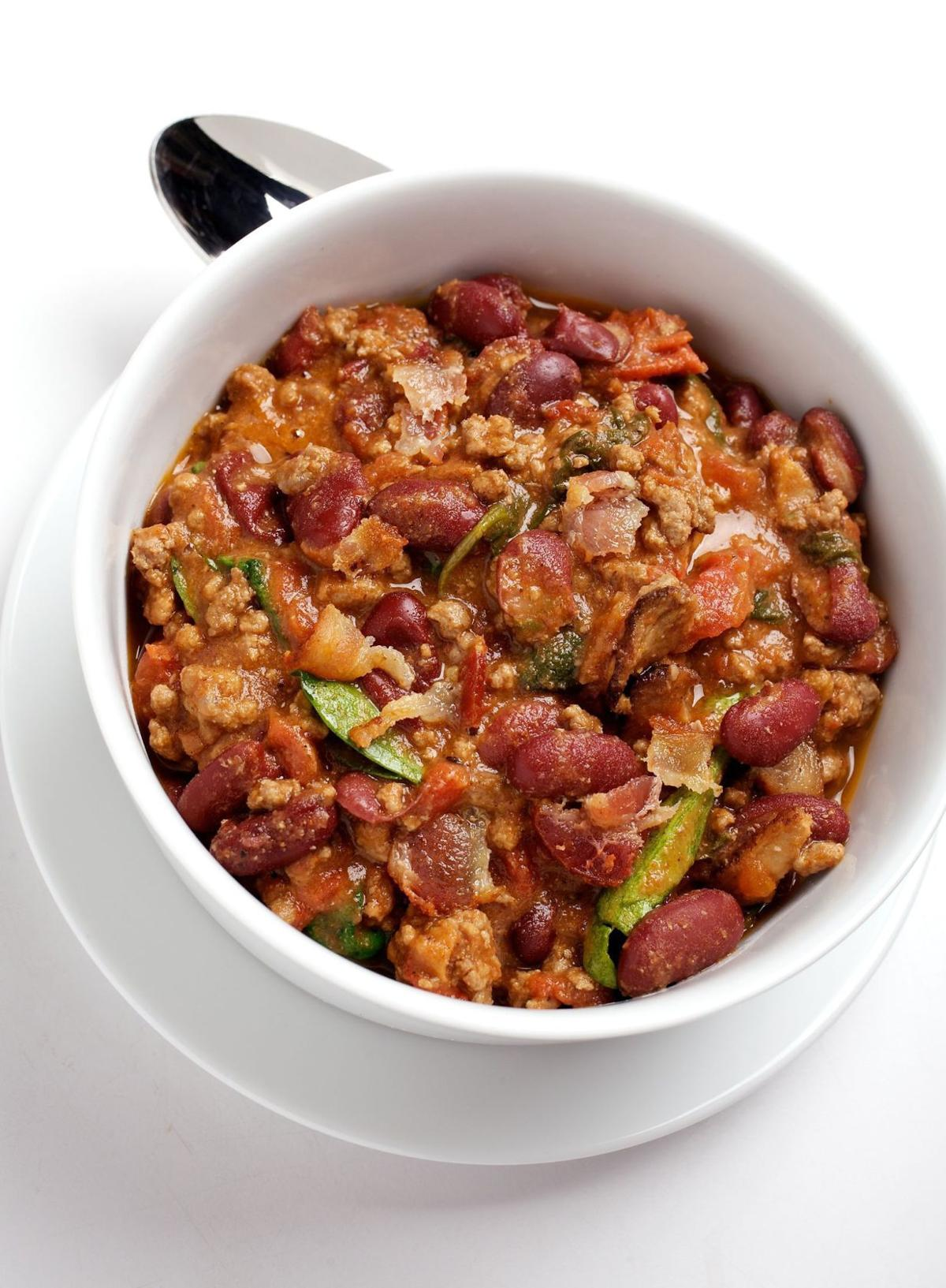 Dinner in 35 Minutes: Spinach and Bacon Chili
