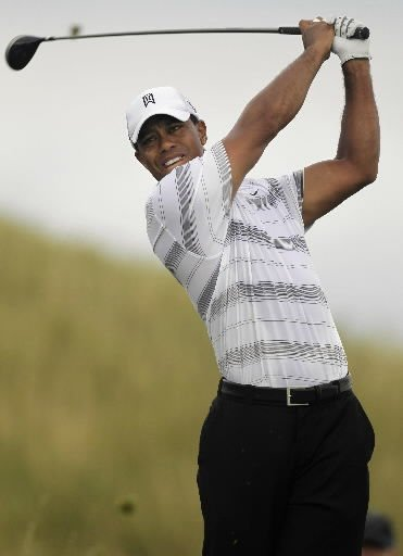 Woods has leading role in golf's soap opera