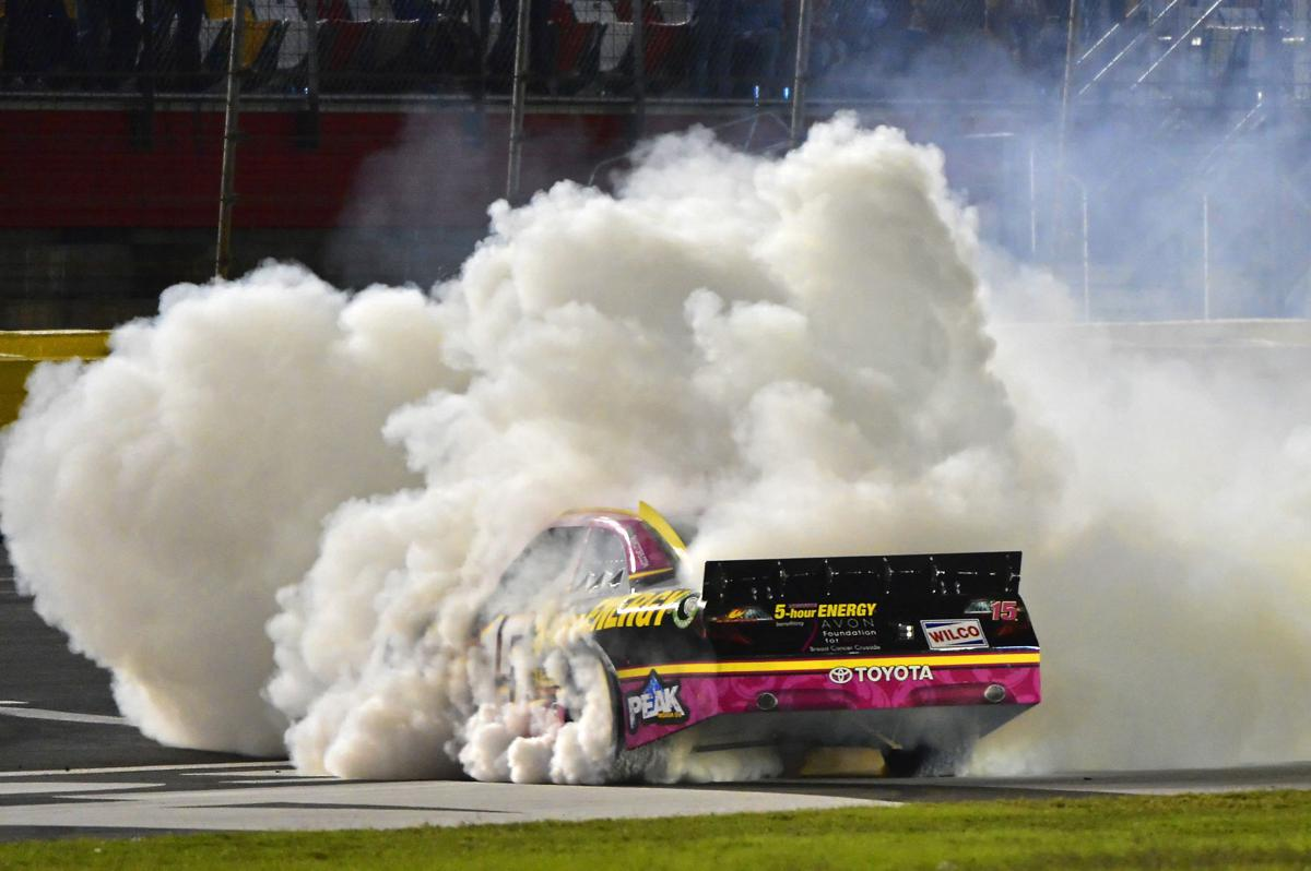 Win puts Bowyer back in title hunt