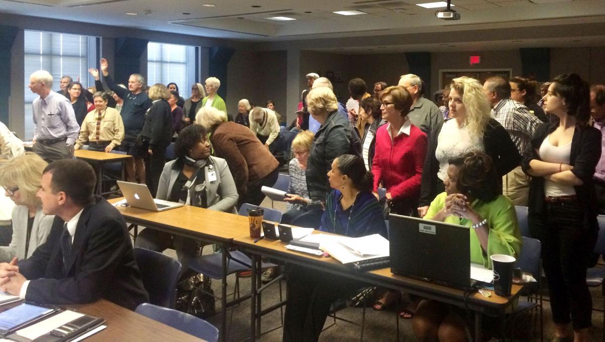 Charleston schools may use new discipline plan