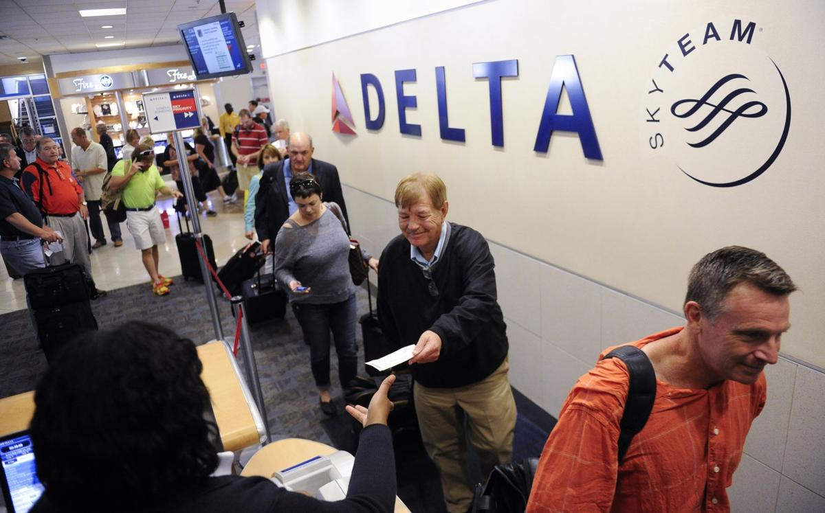 Airlines carve U.S. into markets dominated by 1 or 2 carriers