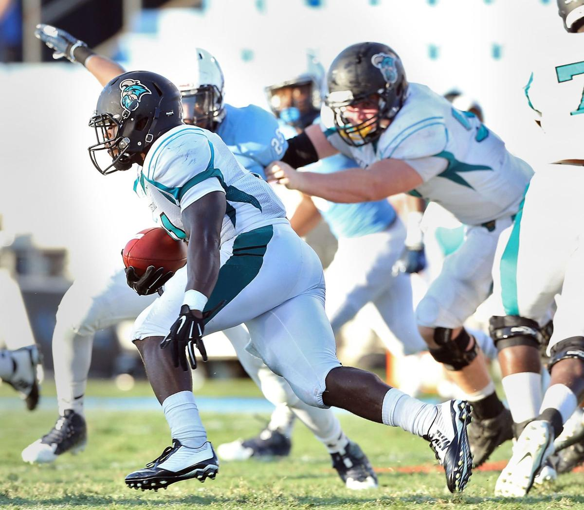 Chants at home on road homecoming for Chants' Henderson, Hamilton