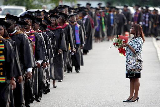 Graduates told to seek out joy