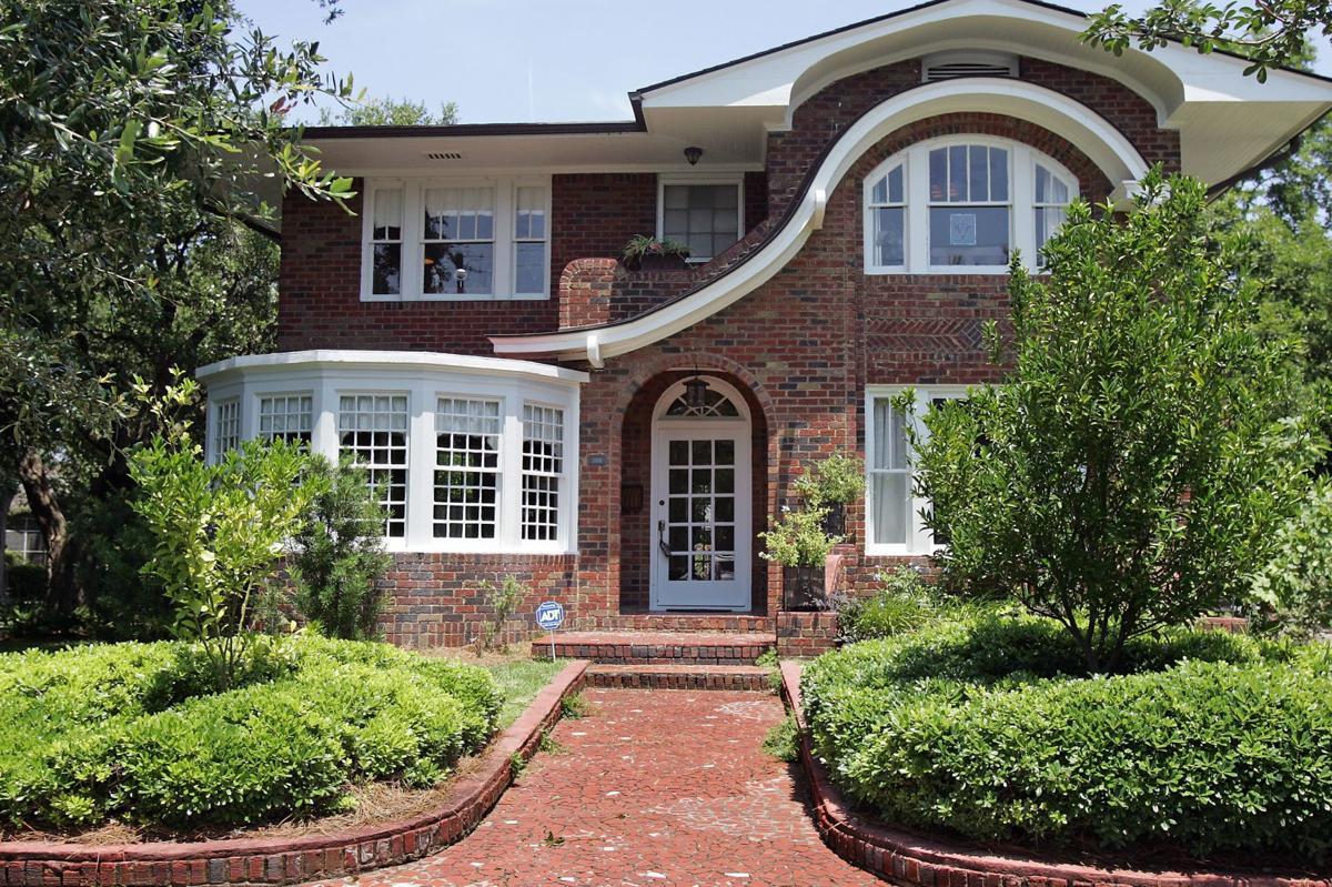 308 Grove St. — Developer patriarch's Charleston home boasts '30s Prairie-style design, high-end baubles