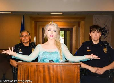 Photos of 'Elsa' arrest go viral, trend on Facebook