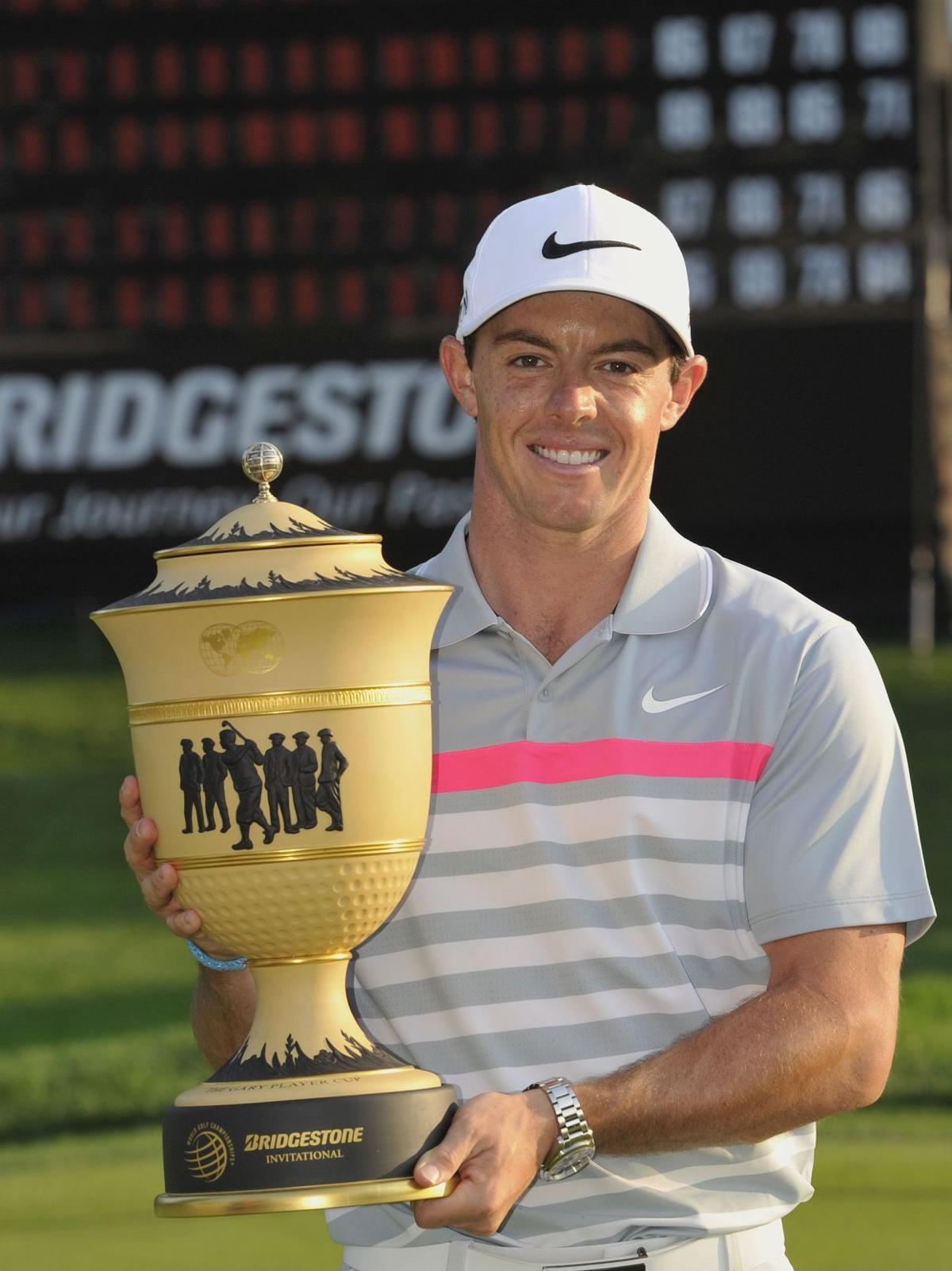 McIlroy wins, goes back to No. 1