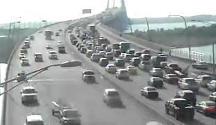 Traffic update: Northbound traffic on Ravenel Bridge moving again