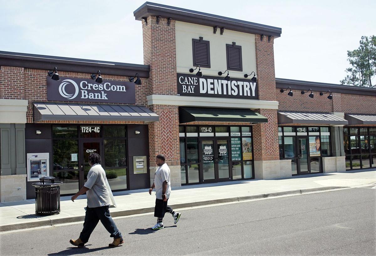 Charleston's CresCom Bank downsizes newest branch