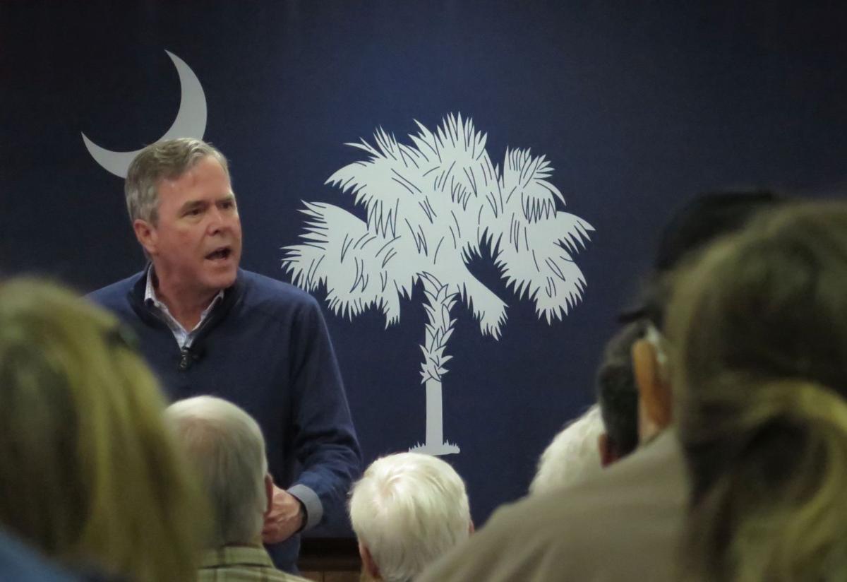 Jeb Bush woos crowd in Leesville