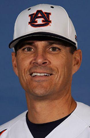 Auburn fires ex-Cougars coach Pawlowski