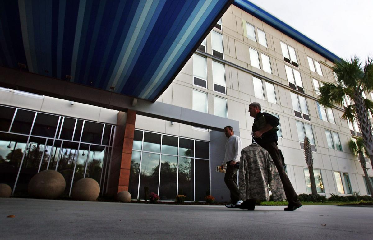 Grapevine: Keycards give way to smartphones at Aloft hotel in North Charleston (copy)