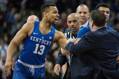 Calipari ejected, then Kentucky levels Gamecocks with a knockout blow