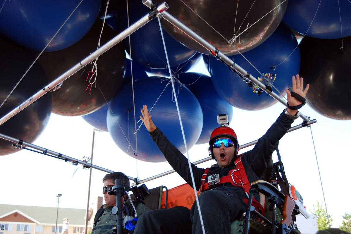 Pair lifts off in tandem lawn chair balloon flight