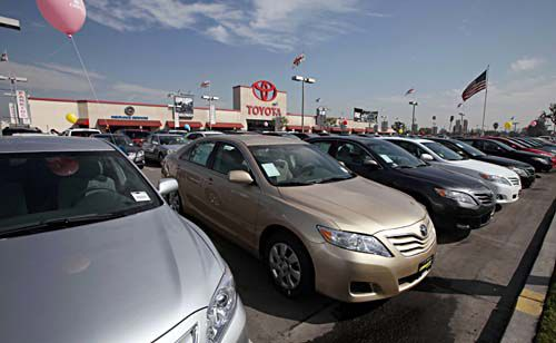 Cash for Clunkers: Often, new vehicles got about same mileage as old