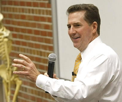 DeMint pushes port study