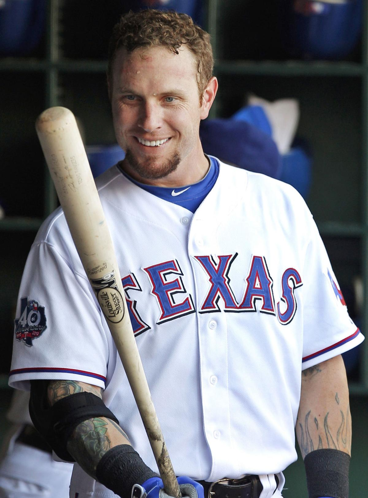 josh hamilton signs minor league contract with texas rangers sports. Black Bedroom Furniture Sets. Home Design Ideas