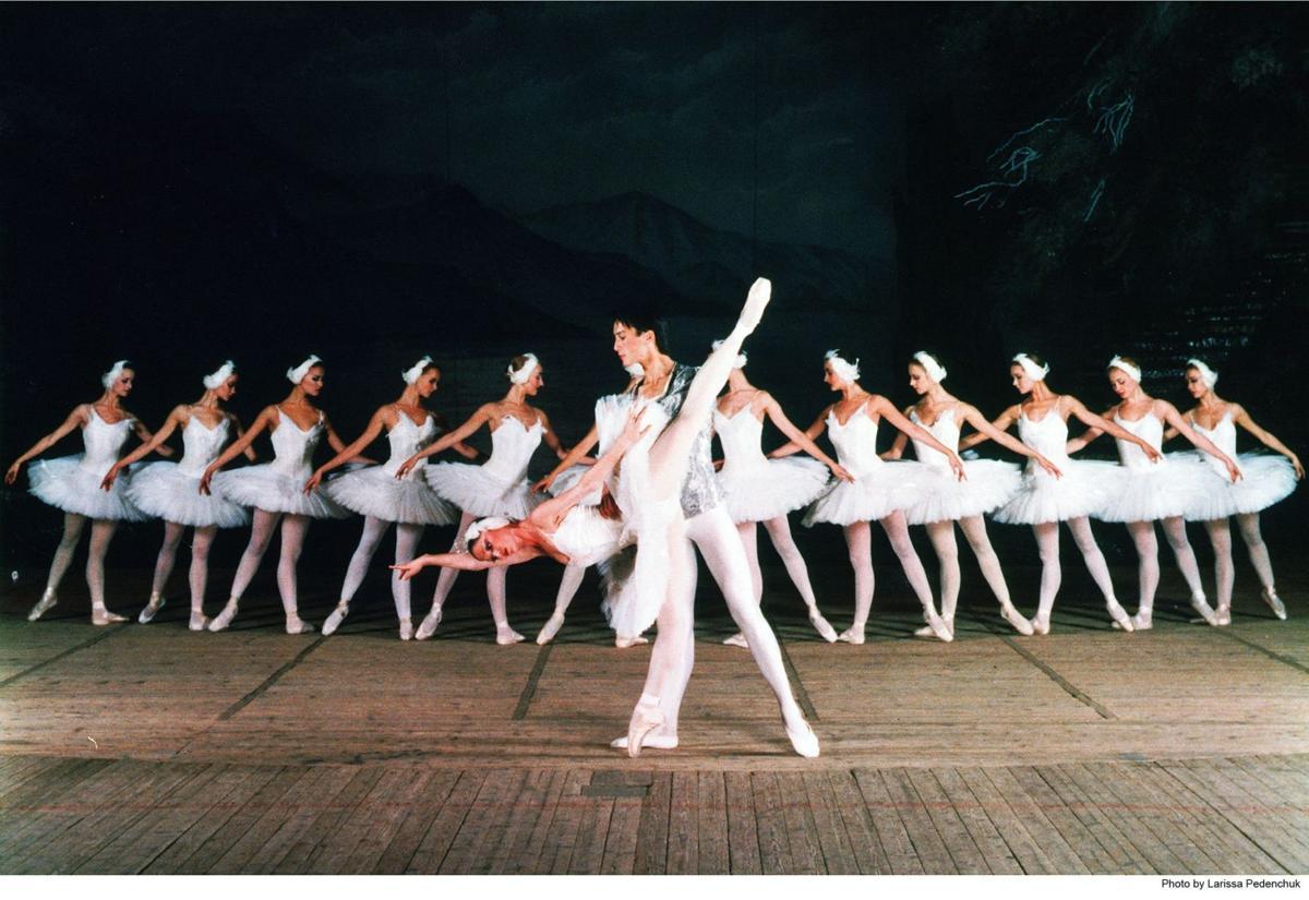 Ballet 'Swan Lake' to wrap up season