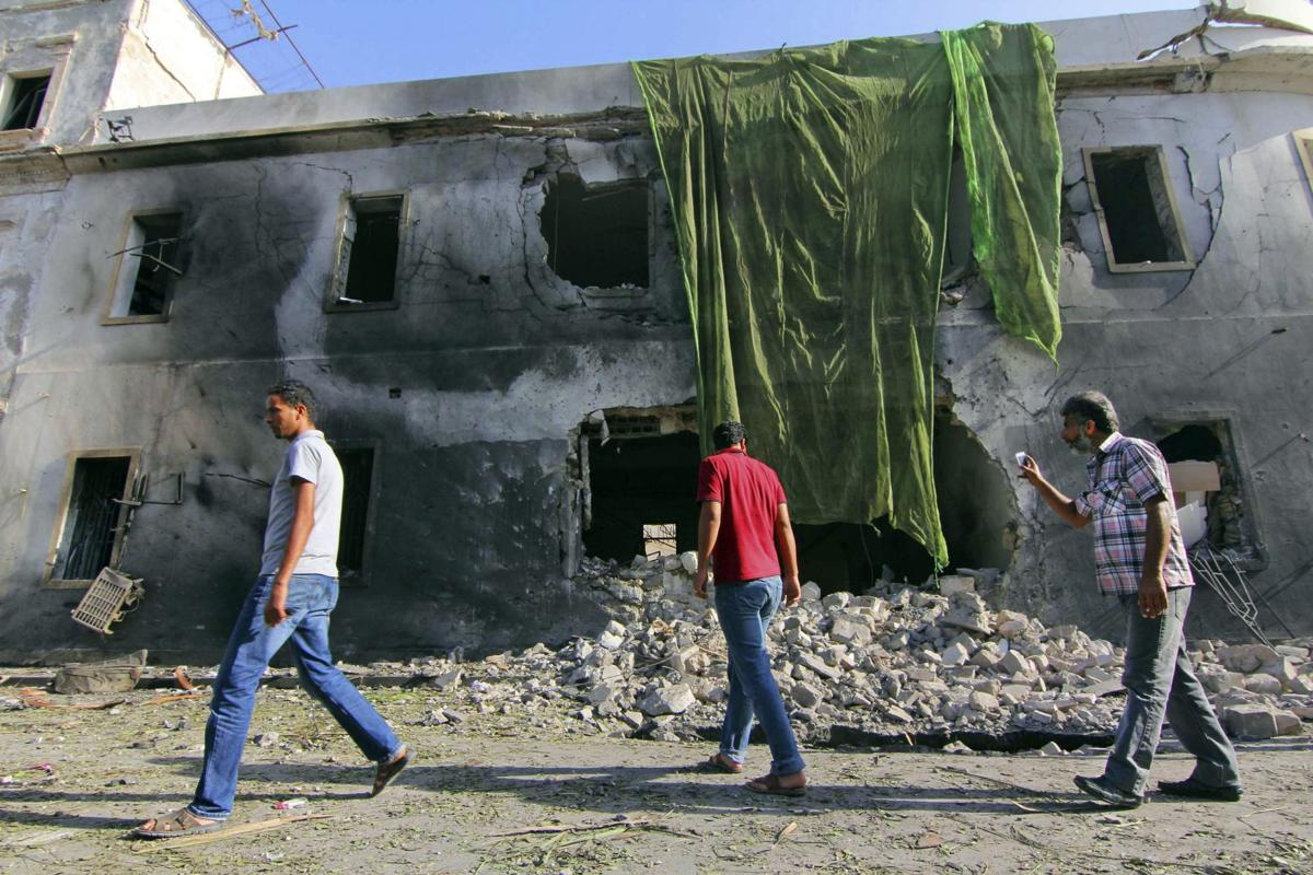 Car bomb explodes near Libyan Foreign Ministry in Benghazi