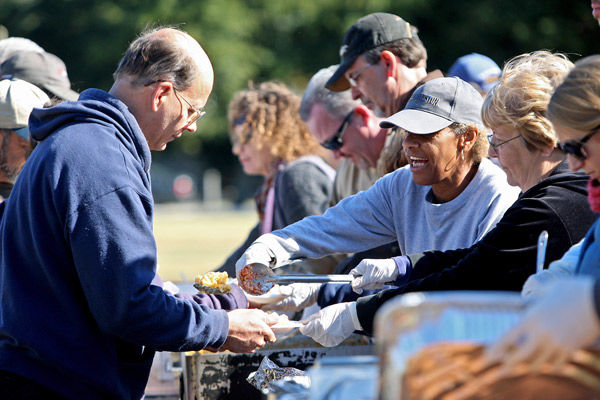 Sharing the bounty: Without Walls Ministry, other local groups feed those in need