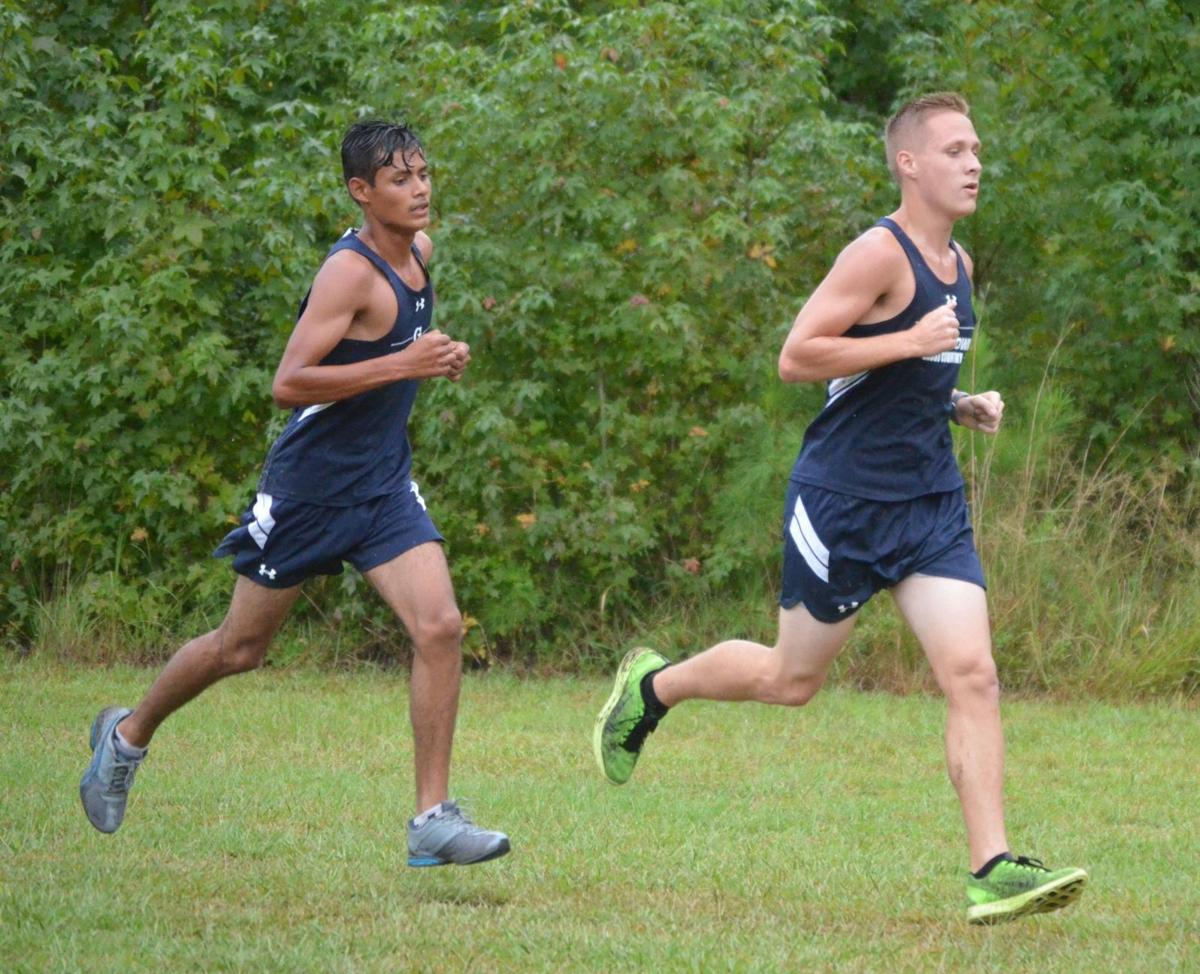 Cross country at 8 Oaks Park